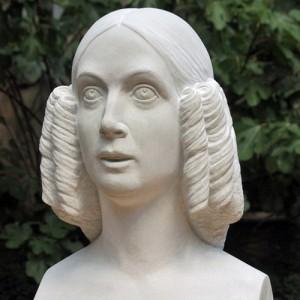 Sandstone bust: Duchess Friederike